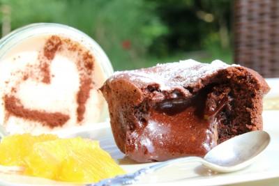 Gateau au Chocolat mit Blutorangenparfait