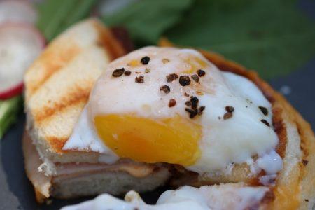 Onsen-Ei-Sandwich