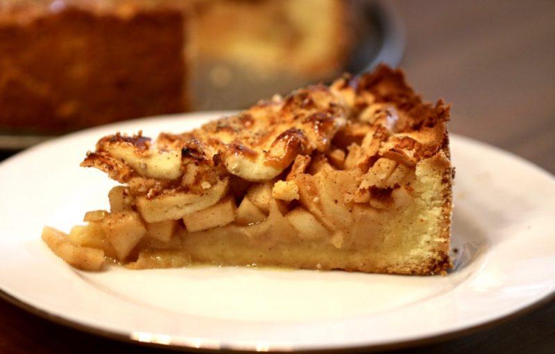 gedeckter-apfelkuchen-nach-hewig-maria-stuber-5