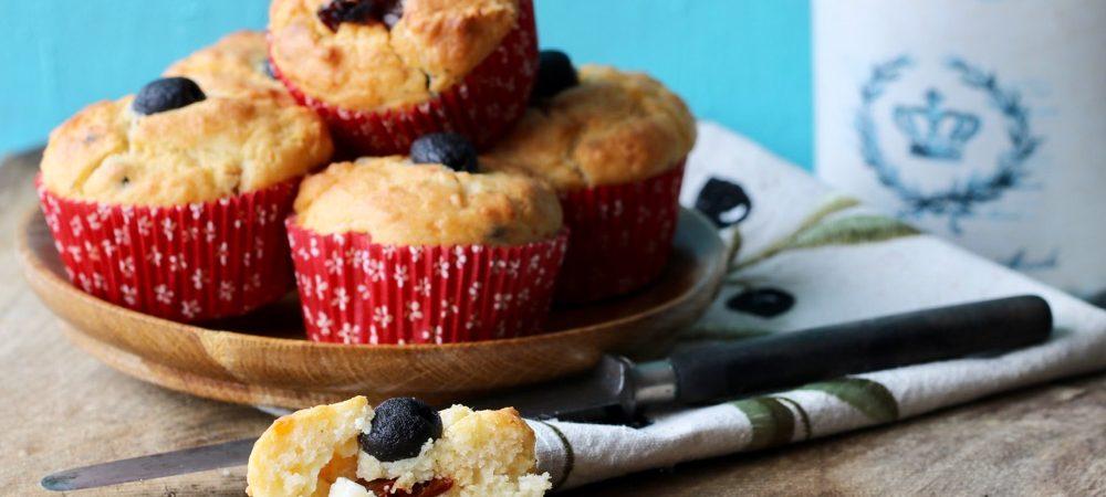 Schafskaese-Oliven-Tomaten-Muffins -